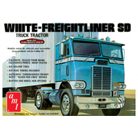 AMT 1/25 White-Freightliner SD Truck Plastic Model Kit