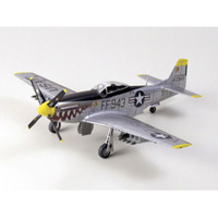 Tamiya 1/72 North American F-51D Mustang Korean War, Plastic Model Kit